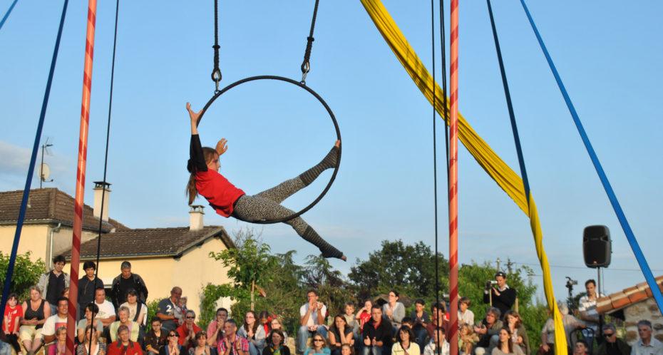 cirque à l'extérieur