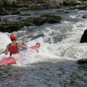 kayak sur la Gartempe en compétition