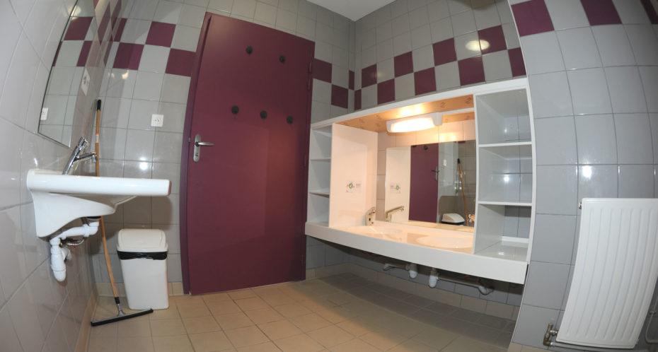 salle de bain adaptée dans le BBC