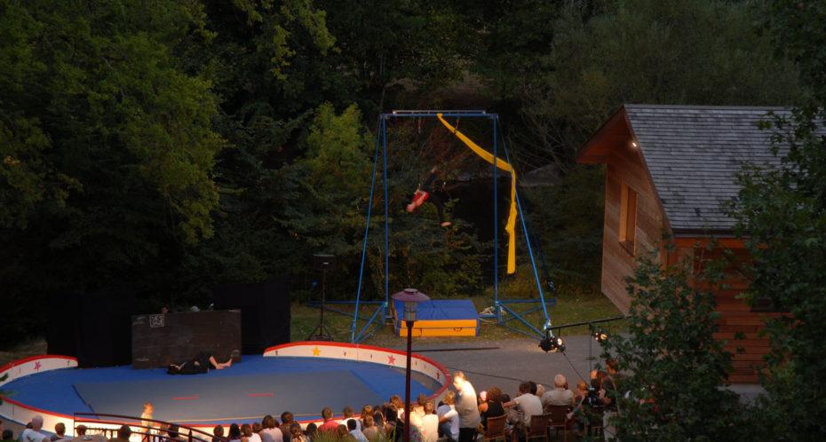 cirque en tournée spectacle au cpa