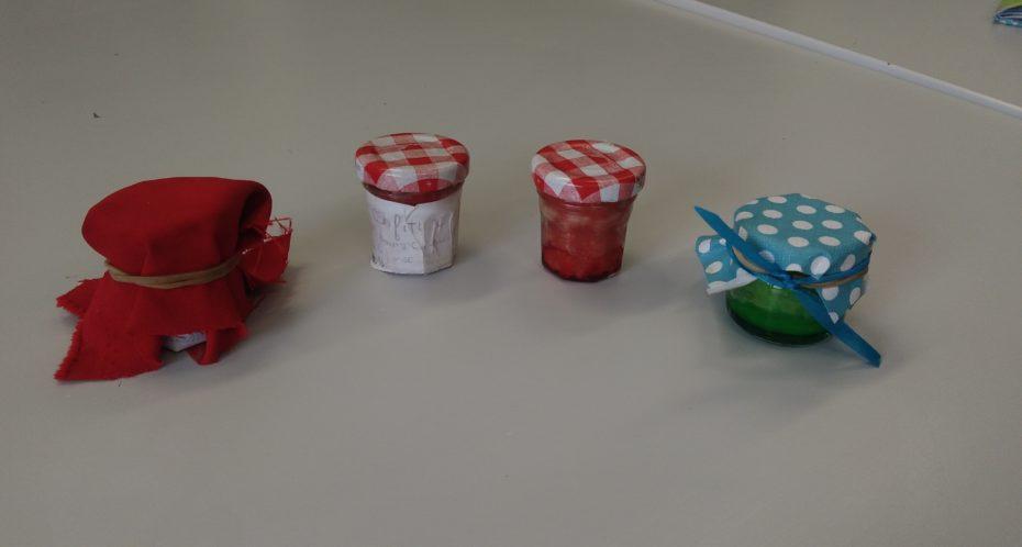 fabircation maison de baume à lèvre pendant le camp idées et créations