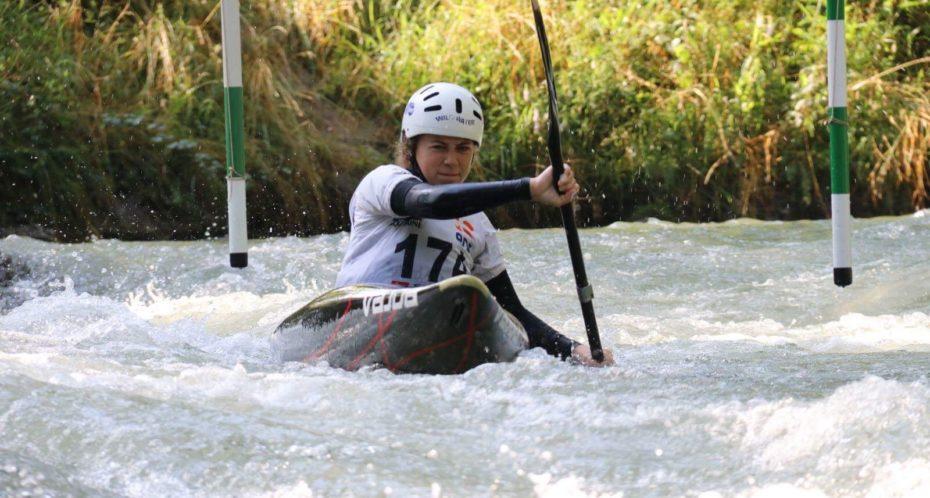 Slalom en kayak sur la Gartempe